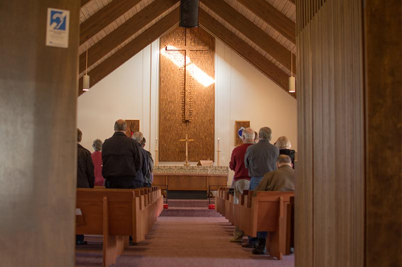 Sunday morning worship at Holy Cross in Bellevue