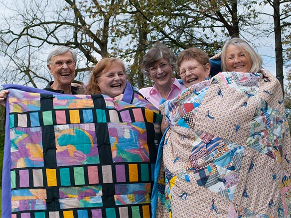 Quilters at Holy Cross Lutheran Church in Bellevue, WA